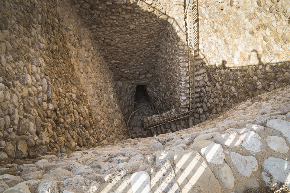 Beersheba_Tel Beersheba_Vertical Shaft Entrance from Inside city walls to ancient water system